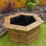 bassin de jardin hexagonal